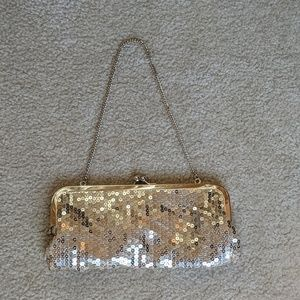 Sequinned Clutch